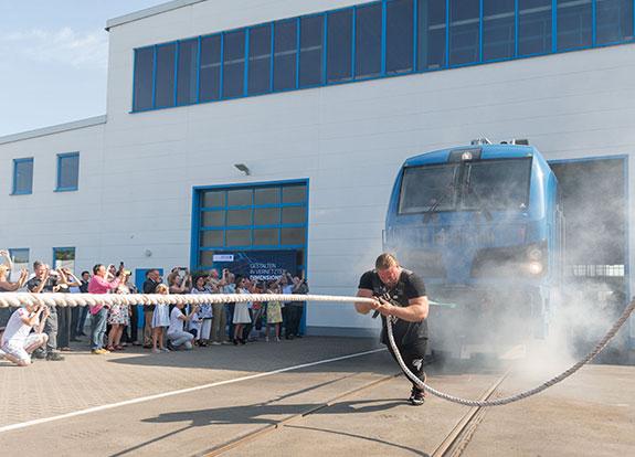 SPITZKE SE übernimmt erste E-Lok in ihren Technikpark